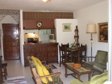 Möbliertes 1 Schlafzimmerapartment im Zentrum Immobilie zur Miete - Paluum