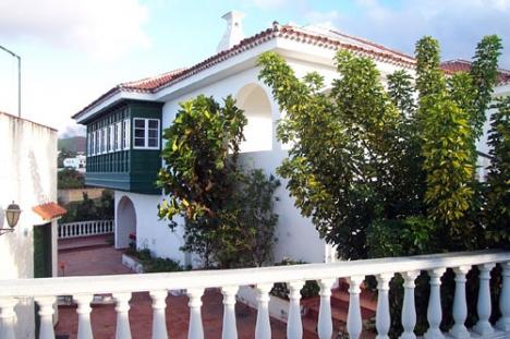 Einfamilienhaus mit Finca in Los Realejos