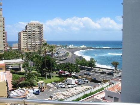 Terrasse mit Meerbli in Puerto de la Cruz.