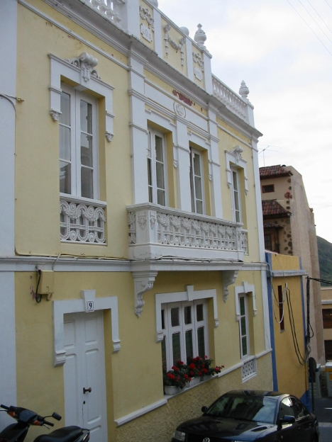 Altes Kan. Haus renoviert in Los Realejos.