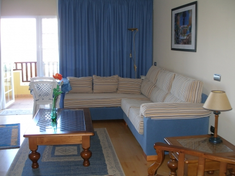 Neuwertiges Studio-Appartement, komplett möbliert, schönes Blick. Immobilie zur Miete - Paluum