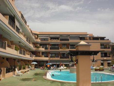 Sehr schönes Appartement mit großer Terrasse nähe Strand.
