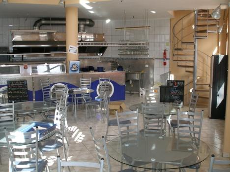 Restaurant/Geschäftslokal Zu Vermieten oder Verkauf.