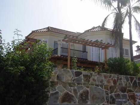 Doppelt haus mit Terrasse und kleine Garten im sehr Ruhiger Lage. Immobilie zum Kauf - Paluum