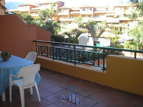 Schönes und möbliertes Appartement mit große Terrasse.