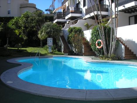 Sehr schönes und ruhig gelegen Appartement mit beheizten Pool