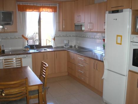 Geräumiges 3 Schlafzimmer Appartement Immobilie zum Kauf - Paluum