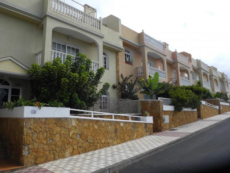 Wohnung in ruhiger Lage mit Blick aufs Meer.   Immobilie zum Kauf - Paluum