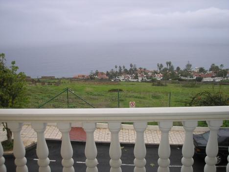 Wohnung in ruhiger Lage mit Blick aufs Meer.  Immobilie zur Miete - Paluum