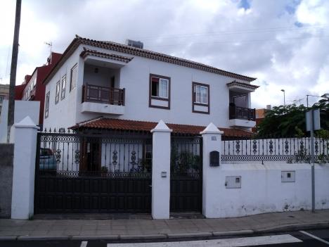 Gemütliche, geräumige Doppelhaushälfte in ruhiger Lage Immobilie zum Kauf - Paluum