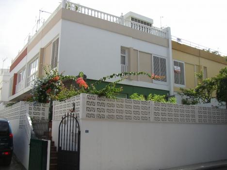 Haus mit kamin und Dachterrasse! Immobilie zum Kauf - kanarenmakler