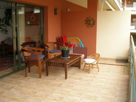 Neuwertiges Wohnung mit 35m2 Terrasse