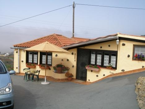 Gelegenheit; Ruhig gelegen Villa mit 2. 000 m2 Grundstück Immobilie zum Kauf - kanarenmakler