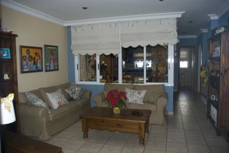 Großes Einfamilienhaus mit Patio