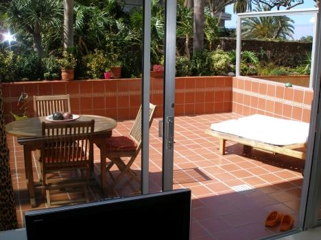 Komplett renoviert unf möbliertes Appartment mit Grosser Terrasse! Immobilie zum Kauf - Paluum