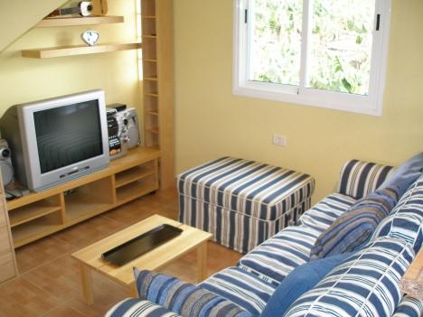 Nette Wohnung mit Dachterrasse Immobilie zur Miete - Paluum
