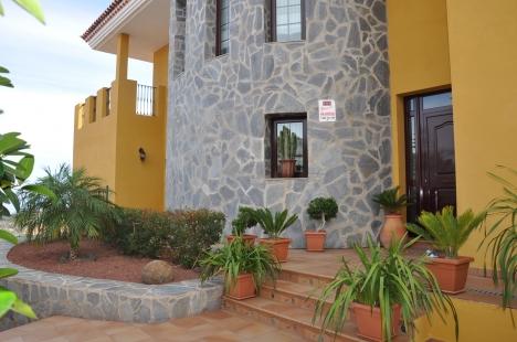 Attraktives Haus, sehr geräumig Immobilie zum Kauf - Paluum