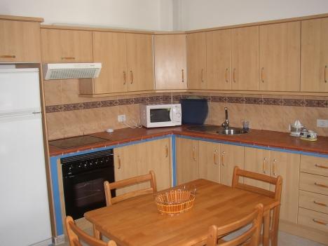 Schönes 2 Schlafzimmern Appartement mit 5 m² Terrasse/Innenhof.  Immobilie zur Miete - Paluum