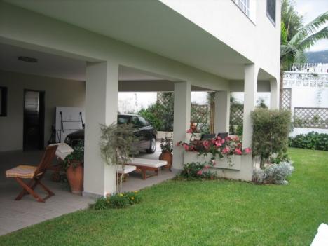 Großen Haus und kommuniziert gut aufgestellt  Immobilie zum Kauf - Paluum