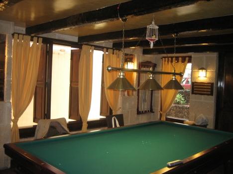 CENTER! Sehr schöne lokalen Restaurant Bar bereit Immobilie zur Miete - Paluum