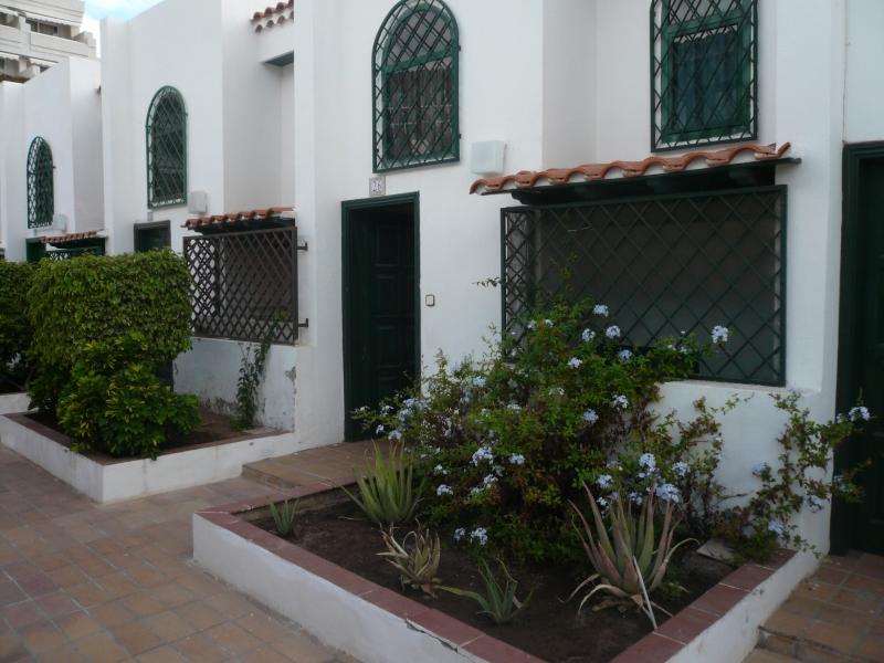 Hübsches Reihenhaus in privater Wohnanlage Immobilie zum Kauf - Paluum