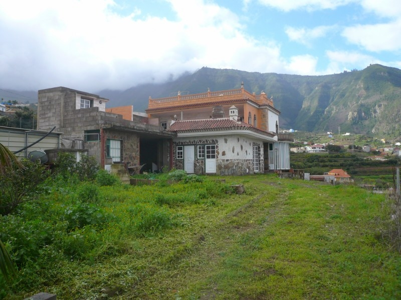 Umständehalber nicht ganz fertiggestellte Villa zu verkaufen Immobilie zum Kauf - Paluum