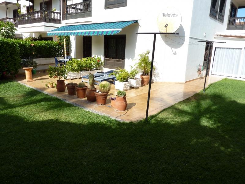 Erdgeschosswohnung mit Garten und Tiefgaragenplatz in Toplage