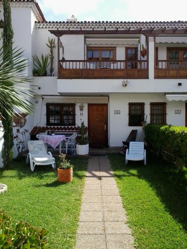 Sonniges Haus mit privater Garten, terrassen und Garage!! Immobilie zum Kauf - Paluum