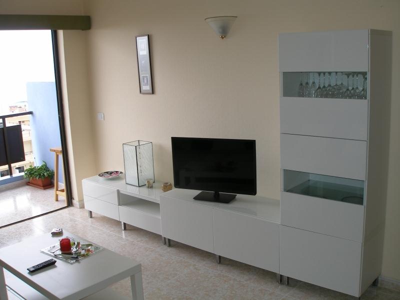 Im Zentrum mit Panoramablick und Pool! Immobilie zur Miete - Paluum