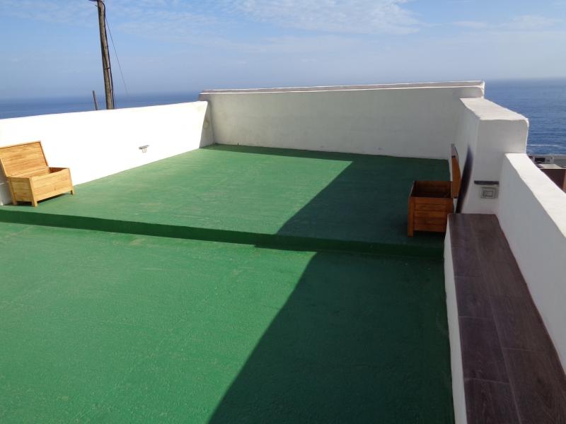 Komplett renoviertes Altes Haus mit Pool im Innenhof. Dachterrasse mit wunderbares Meerblick!