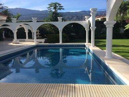 Traumvilla mit sehr grossen Garten und Pool in Puerto de la Cruz.