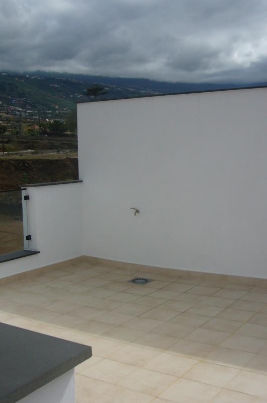 NEU Modernes Einfamilienhaus in guter Wohnlage, sehr helle, hochwertige Materialien