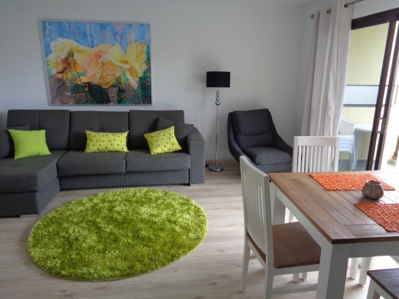 Wunderschöne Wohnung komplett renoviert und eingerichtet,