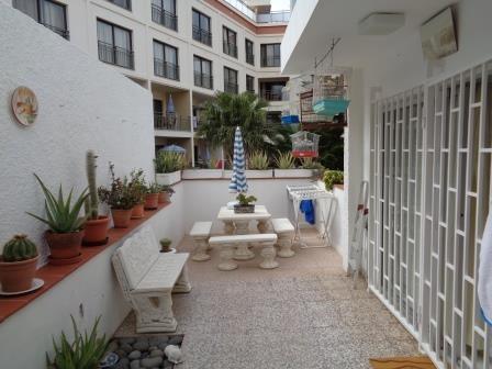 Geraumiges Appartement mit 26m2 Terrasse. Sehr Ruhig! Niedrige Gemeinschaftskostten! Immobilie zum Kauf - Paluum