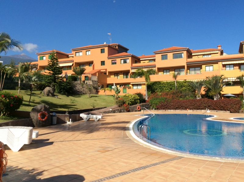 Schöne geräumige Wohnung mit Terrasse, Gemeinschafts-Pool! Geeignett für einen langfristigen Aufenthalt von 6 Monaten! Immobilie zur Miete - kanarenmakler