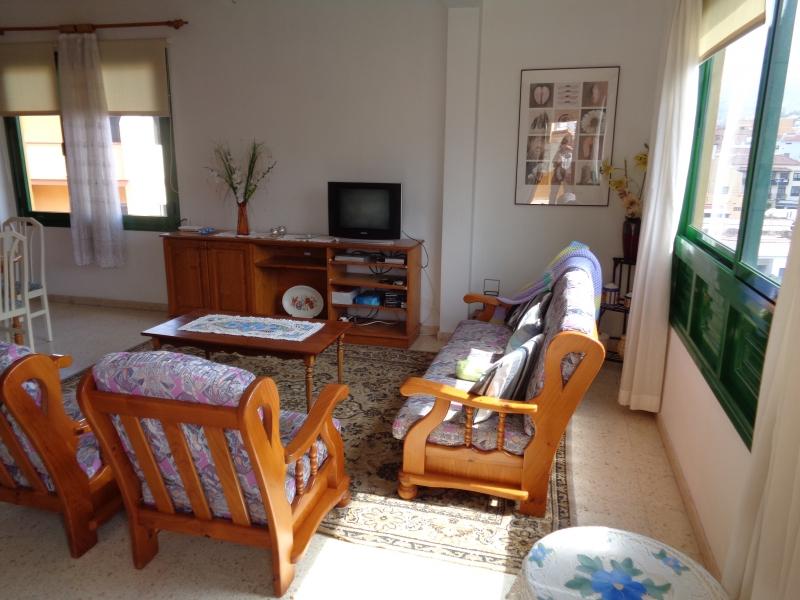 Im Altstadt!2 Schlafzimmer, Blick und Sat TV! Immobilie zur Miete - Paluum