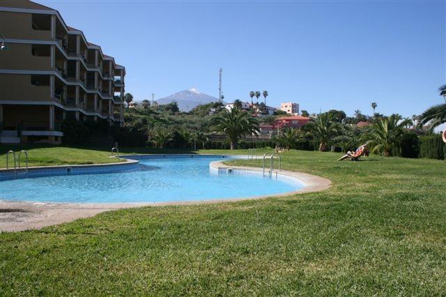 Schöne komplett möblierte Wohnung mit terrasse, Garten, Pool und Blick! Immobilie zum Kauf - Paluum