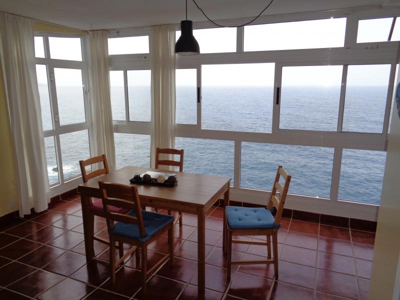 Wohnung mit Aussichten zum Meer hin und die Küste Immobilie zum Kauf - Paluum