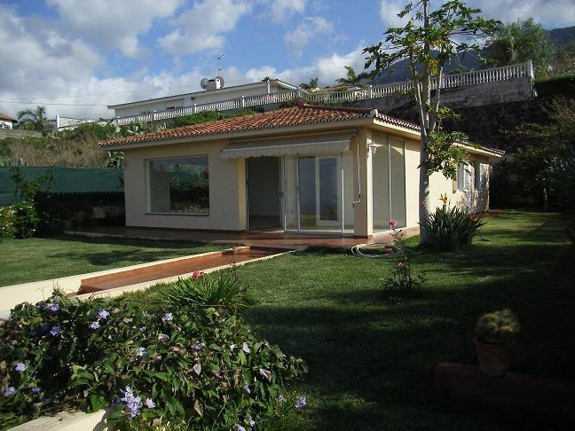 Gelegenheit! Freistehendes Haus mit Meerblick! Immobilie zur Miete - Paluum
