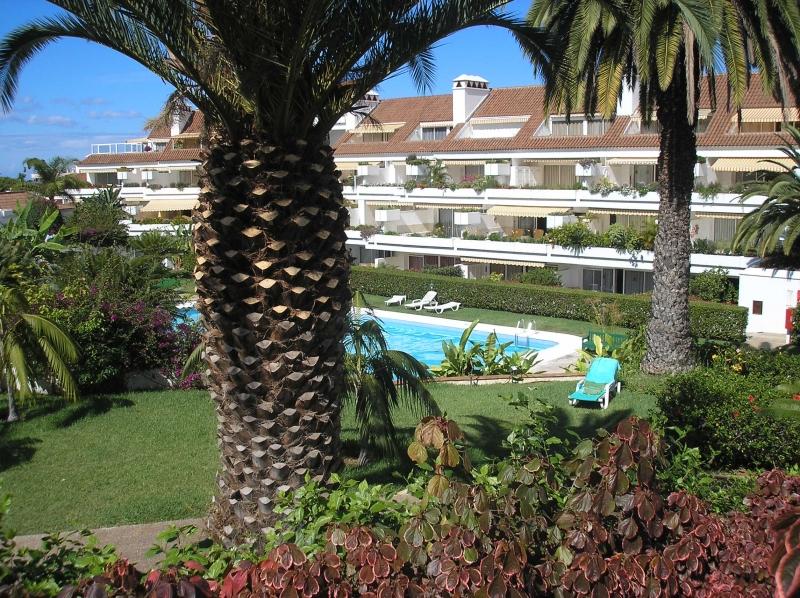 LA PAZ: Schönes Appartement mit Terrasse und Garten,