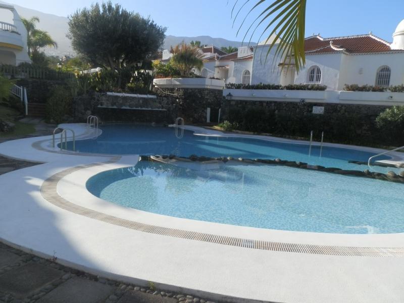 La Paz! Sehr hübsche und Grosse Wohnung mit terrassen und Garten!