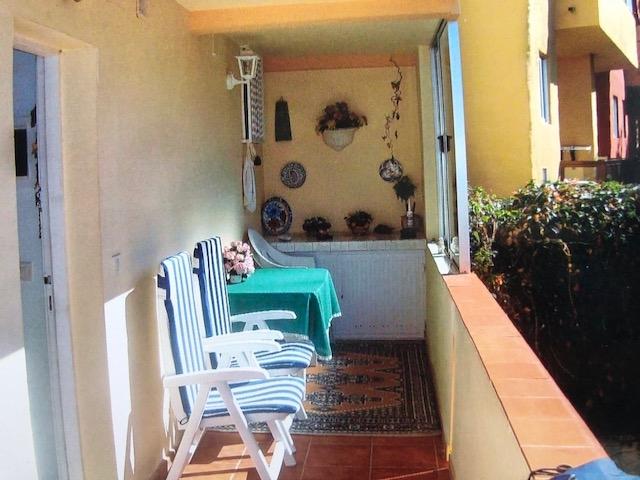 Perfekt gelegenes Apartment mit geringer Gemeinschaftsgebühr; (23 Euro pro Monat), mit 1 Schlafzimmer,  Immobilie zum Kauf - Paluum