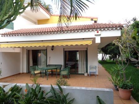 Achtung! Sehr Schöne und sonnige Wohnung mit Terrassen, Garten und Pool! Immobilie zum Kauf - kanarenmakler
