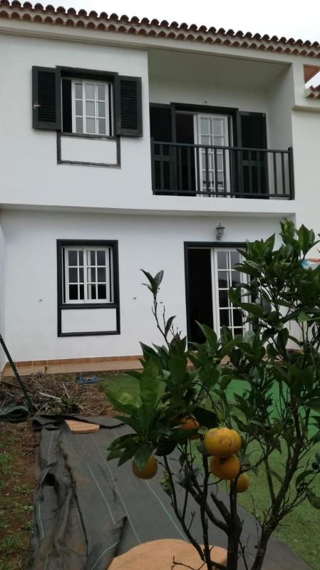 Tolles Stadthaus, sehr geräumig, Garten, schöne Aussicht auf das Meer und die Weinberge Immobilie zum Kauf - Paluum