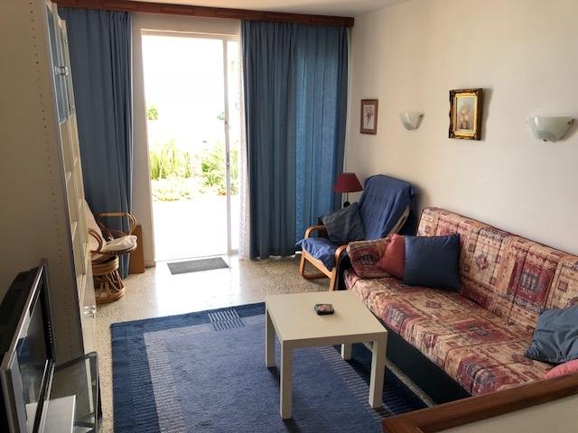Doppelhaushälfte im Bungalow-Stil mit separatem Apartment Immobilie zum Kauf - Paluum