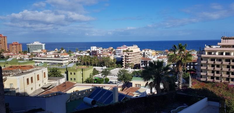 Gelegenheit! Zentrale Wohnung in Puerto de la Cruz. 67 m2 verteilt auf 2 Schlafzimmer