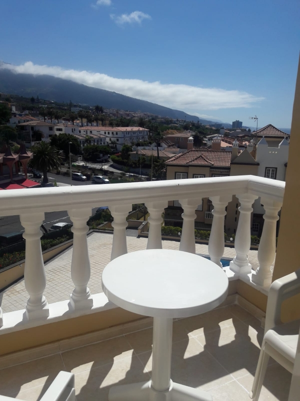 Sonnige Wohnung, hell und in einwandfreiem Zustand, Panoramablick Immobilie zur Miete - kanarenmakler