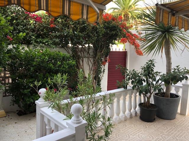 Sehr schöne und helle Wohnung, Garten, Terrasse, ruhige Lage. Immobilie zur Miete - kanarenmakler