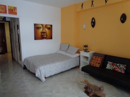 Super Studio mit Balkon, voll ausgestatteter Küche, Doppelbett plus Schlafsofa Immobilie zur Miete - kanarenmakler