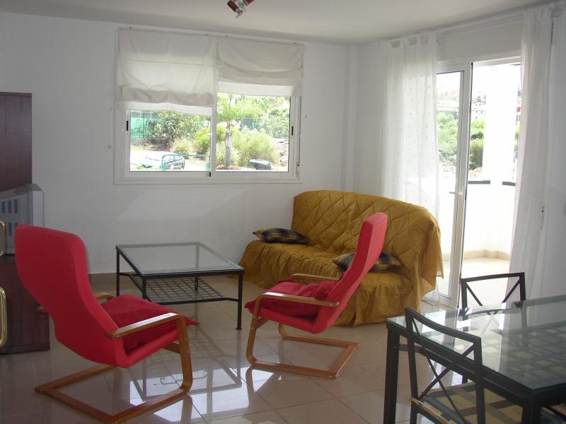 1 Schlafzimmer Appartement in ruhige Anlage mit Blick zum Teide.Terrasse, Pool, sonnig.